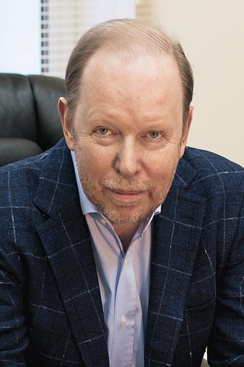 Лев Елин
